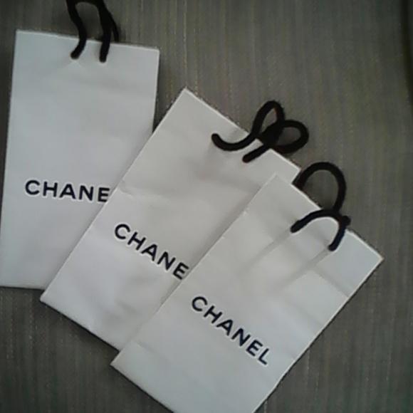 e41bfd1efbc7 CHANEL Handbags - CHANEL White Gift Bags Set of 3